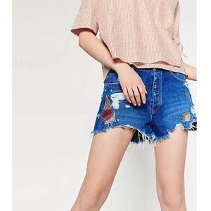 ZARA EMBROIDERED DISTRESS DENIM SHORTS